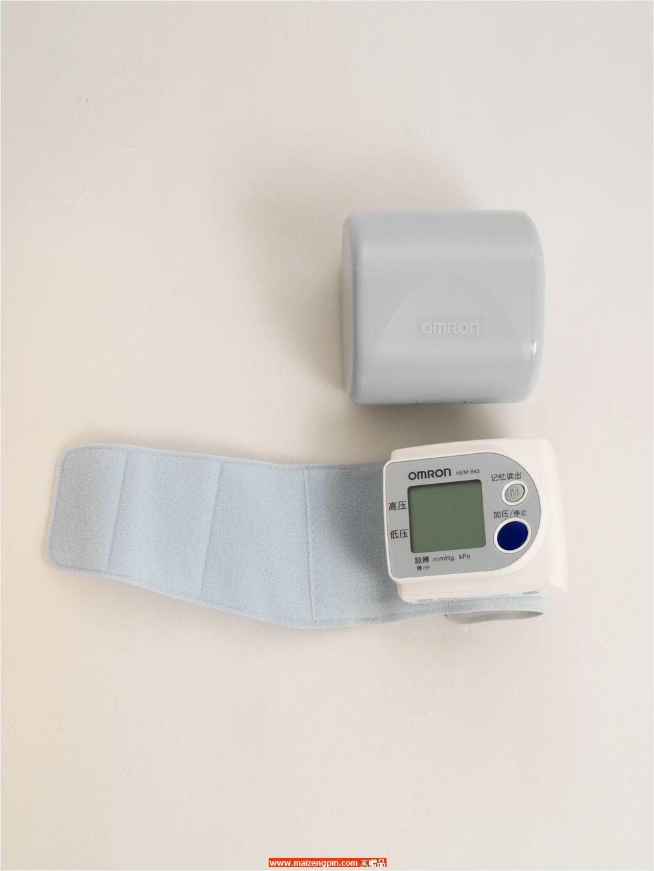 HEM-845 欧姆龙电子血压计(手腕测试)